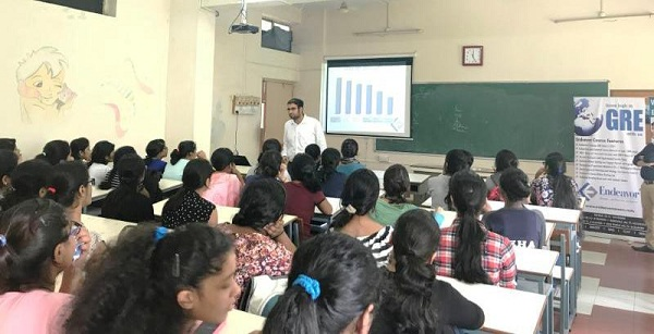 Seminar on 'MBA v/s MS' at SNDT College