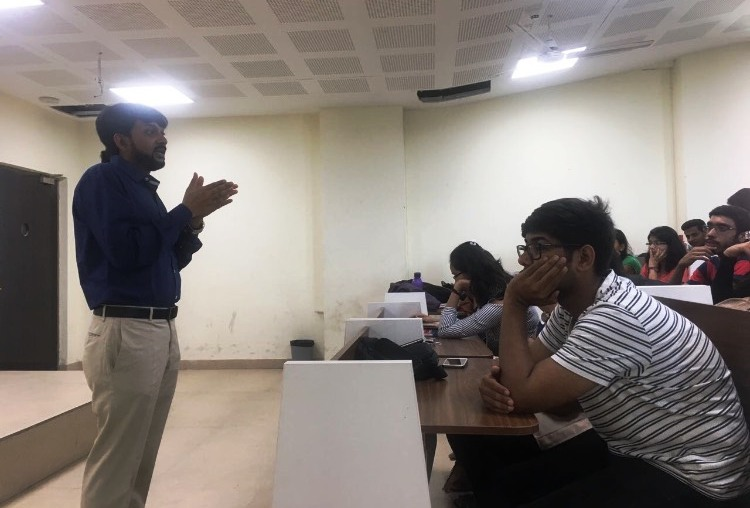 Session at Deen Dayal Upadhyay College