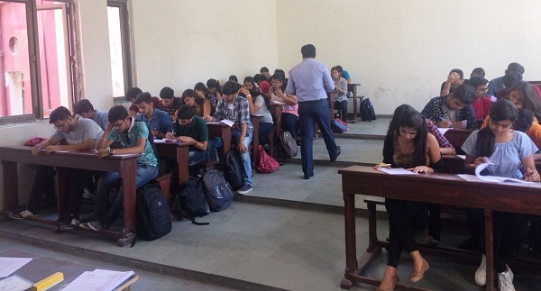 Aptitude Test at Kirori Mal College