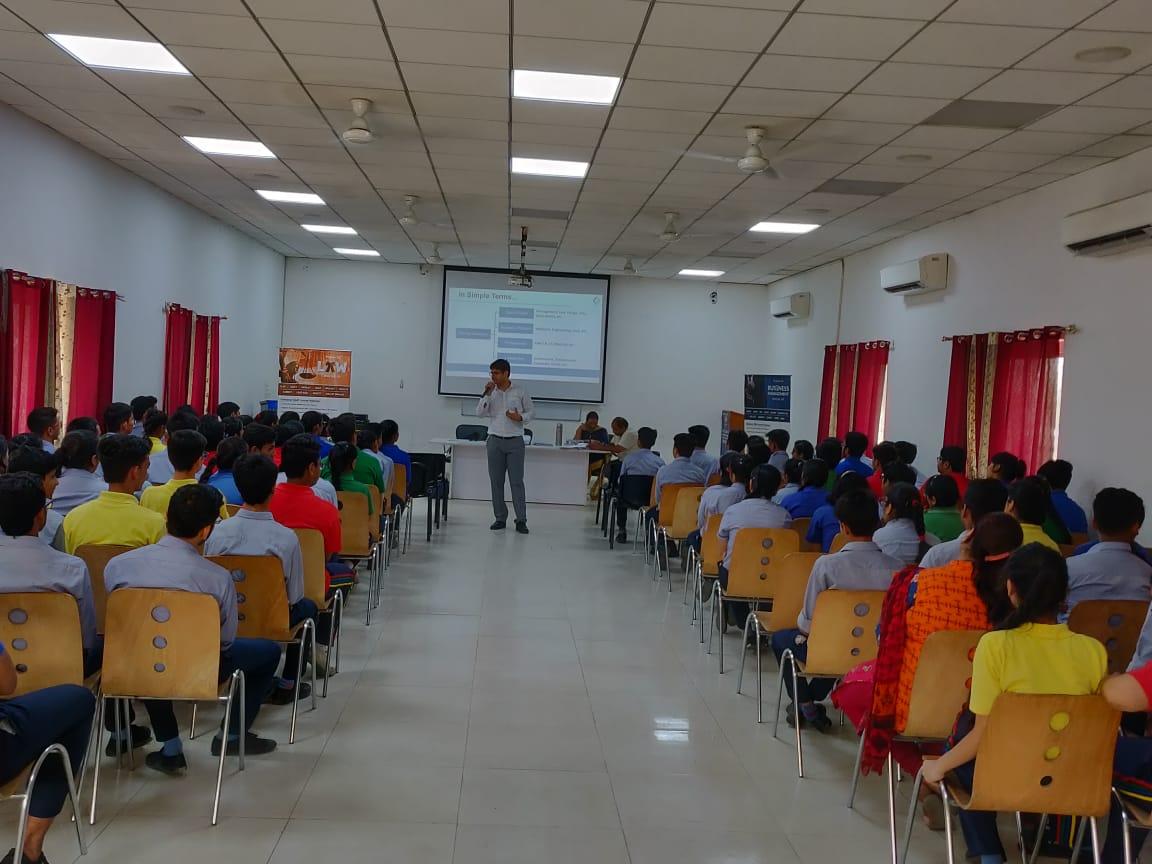 CAT-CMAT- CLAT-GMAT-GRE |Coaching Institute in New Delhi (North Campus)